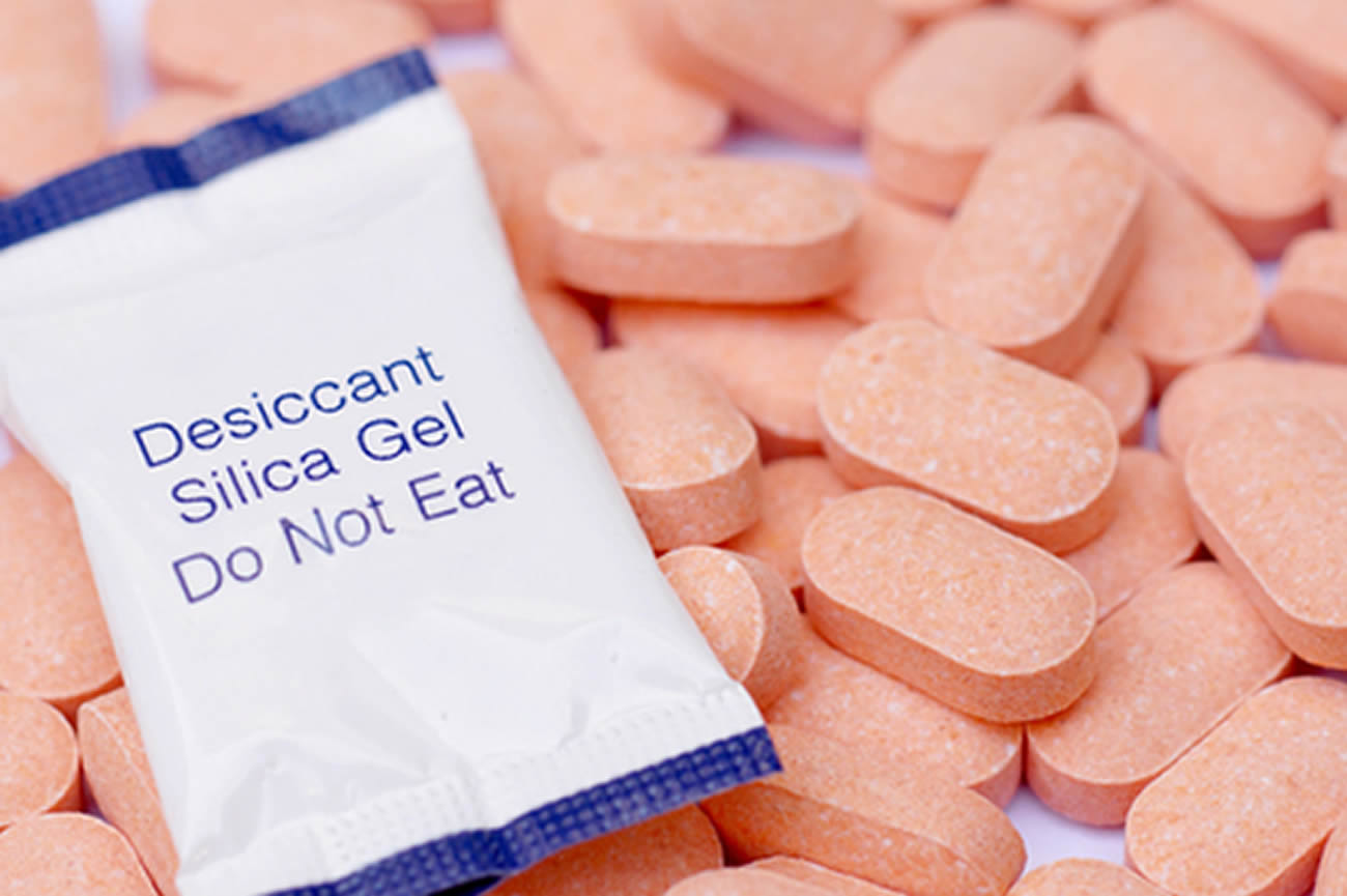 Adsorbent Silica Gel can absorb moisture so use in Pharmaceutical Desiccants industry.